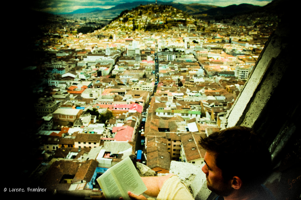 reading above quito